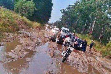 Los vecinos de Magnasco y el eterno problema del acceso en los días de lluvia