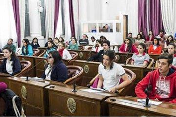 Con más de 230 equipos cerraron las inscripciones para el Senado Juvenil Entrerriano