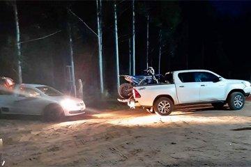 El dueño del campo usado para eludir el control de acceso negó haber autorizado el paso de vehículos