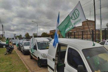 La caravana de protesta organizada por ATE partió desde el Masvernat y recorrió gran parte de Concordia