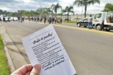 Vecinos de Osvaldo Magnasco cortan el acceso norte de Concordia reclamando por su camino de ingreso