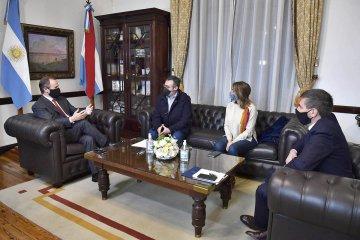 La provincia distribuirá 300 millones de pesos a los municipios para atender la pandemia