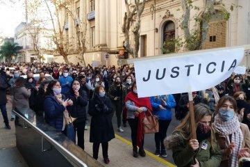 Una nutrida marcha pidió justicia por el crimen de la docente Teresita Galli
