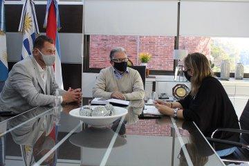 Salto Grande adquirió cajas alimentarias para distribuir en los departamentos de Concordia y Federación
