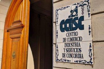 El Centro de Comercio difundió una encuesta pronosticando despidos en el sector