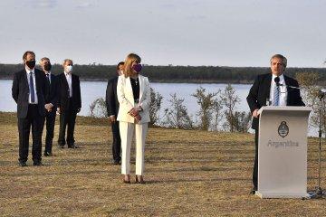 Bordet afirmó que la hidrovía del Paraná