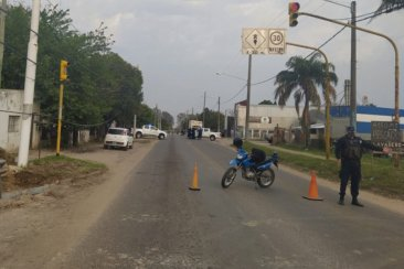 Un joven entrerriano perdió la vida tras impactar su moto con un camión compactador