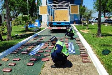 Intentó ingresar a Entre Ríos con una importante cantidad de marihuana escondida en el camión