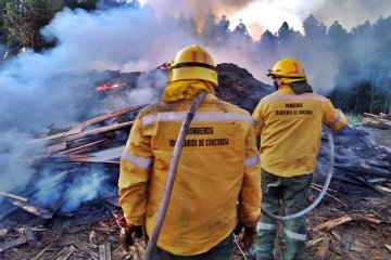 Se produjeron dos incendios de magnitud durante la tarde de este viernes