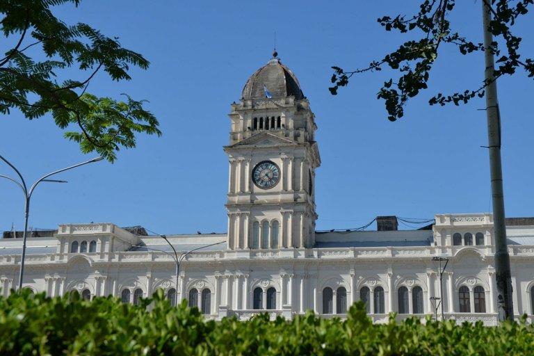 El gobierno provincial convocó a los gremios para avanzar en un acuerdo salarial