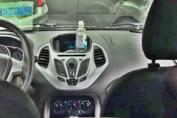 Niegan que tener alcohol en gel en el auto genere un peligro cierto de combustión