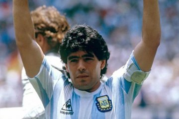 """""""Vuela alto, barrilete cósmico"""", enfatizó Bordet tras el fallecimiento de Maradona"""