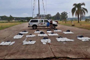 Prefectura Concordia descubrió un cargamento ilegal de soluciones fisiológicas para diálisis