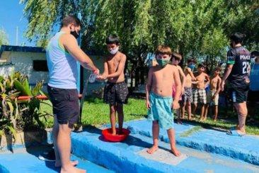 En diferentes puntos de la ciudad inició la escuela deportiva de verano