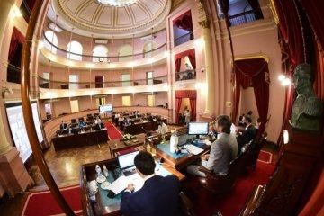Giano detalló las gestiones para lograr la radio y el canal de televisión en la Cámara de Diputados