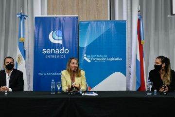 La vicegobernadora presentó las propuestas de capacitación del Instituto de Formación Legislativa