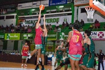 Estudiantes debutó en el Gigante Verde con gran amplia victoria