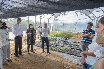 El Palmar inauguró invernáculo de plantas nativas donado por CARU