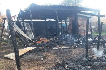 Tres casillas se quemaron y la policía detuvo al supuesto autor del hecho