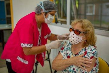 Comienza la inscripción a adultos de entre 60 y 69 años para vacunarse contra el Covid