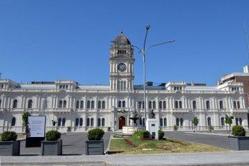 El Gobierno adelantó que la semana próxima convocaría a los gremios estatales