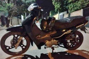 Le robaron la moto mientras estaba en misa