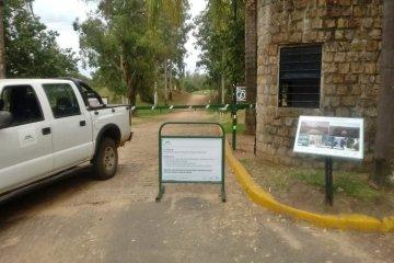 El guardafauna de San Carlos opinó sobre la posibilidad de cerrar el paseo al tránsito vehicular
