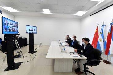 Bordet participó del lanzamiento de la primera misión comercial virtual a China