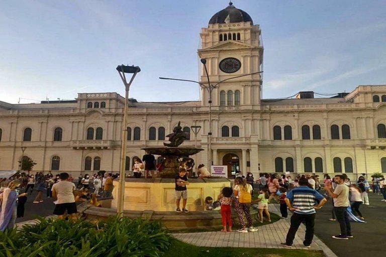 En Paraná los reclamos fueron frente a la Casa de Gobierno