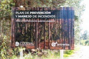 CODESAL realiza tareas en el Lago bajo el Plan Manejo de Fuego