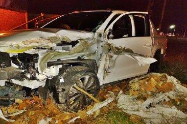 Impactante accidente en la ruta 18 involucró a un camión y una camioneta