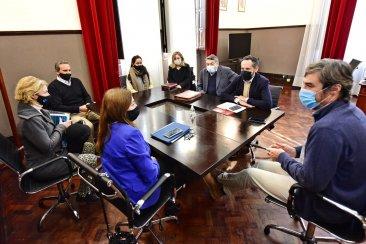 El Colegio de Arquitectos se reunió con los diputados  Giano y Farfan por la Ley de Ordenamiento Territorial